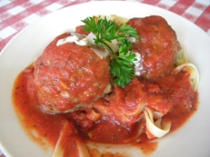 old fashion pasta wtih meatballs