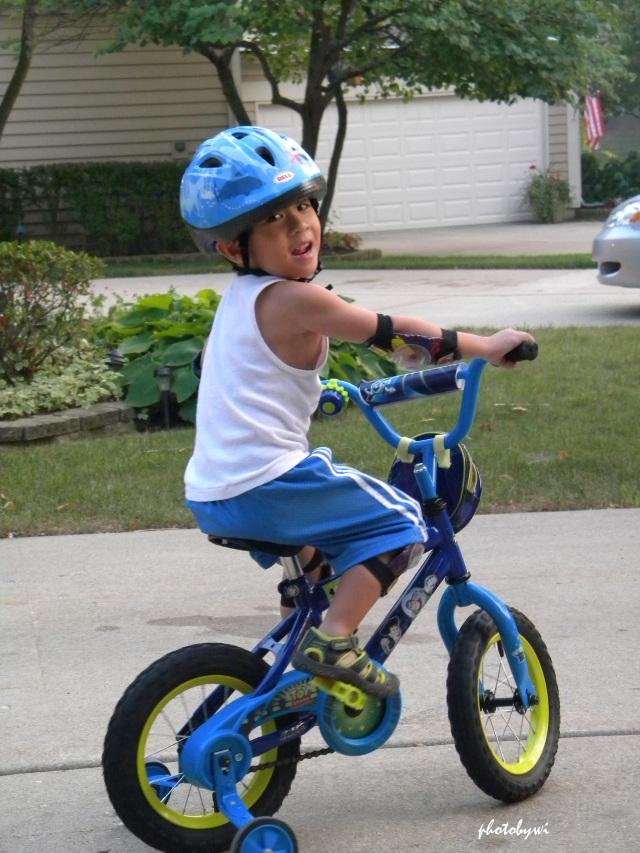 TJ on training wheels