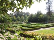 estate's garden