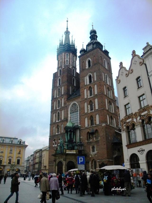 st mary basilica, krakow