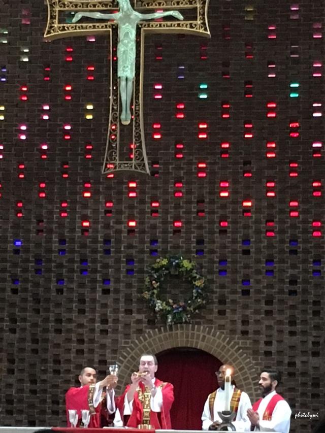 st anastasia church, waukegan